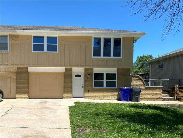 608 W Forest Drive, Olathe, KS 66061 (#2224326) :: House of Couse Group
