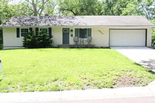 5324 Appleton Avenue, Raytown, MO 64133 (#2224359) :: The Gunselman Team
