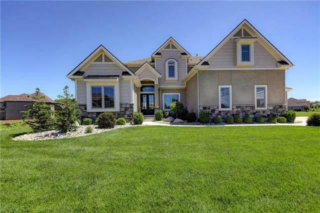 16261 Canterbury Road, Overland Park, KS 66085 (#2224374) :: Dani Beyer Real Estate