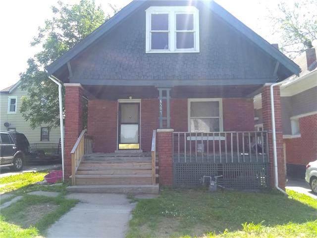 4109 Woodland Avenue, Kansas City, MO 64110 (#2224378) :: Dani Beyer Real Estate