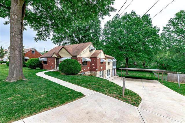 3005 N 70th Street, Kansas City, KS 66109 (#2224418) :: House of Couse Group