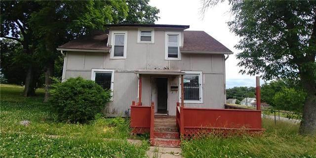 1600 Walker Avenue, Kansas City, KS 66104 (#2224420) :: House of Couse Group