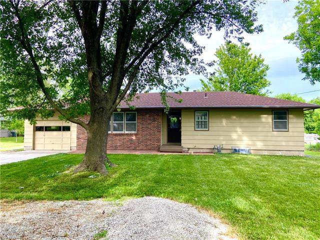 309 Olive Street, Wellsville, KS 66092 (#2224490) :: Eric Craig Real Estate Team