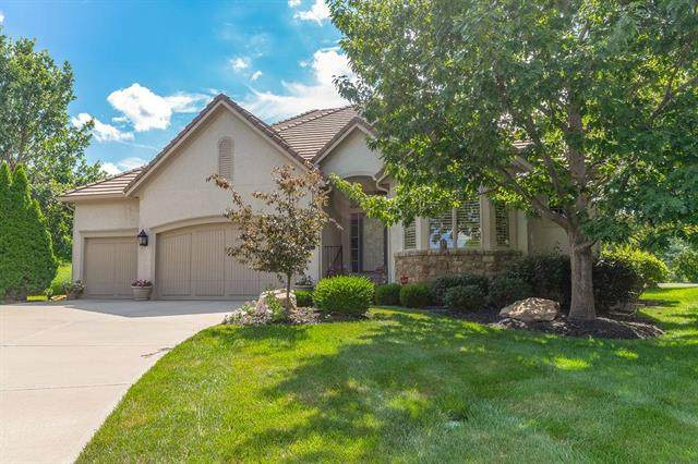 11342 Granada Court, Leawood, KS 66211 (#2225062) :: House of Couse Group