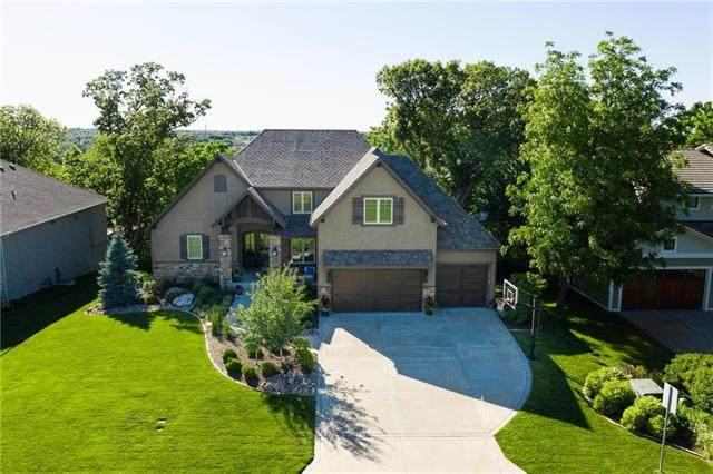 16218 Canterbury Road, Overland Park, KS 66085 (#2225229) :: The Shannon Lyon Group - ReeceNichols