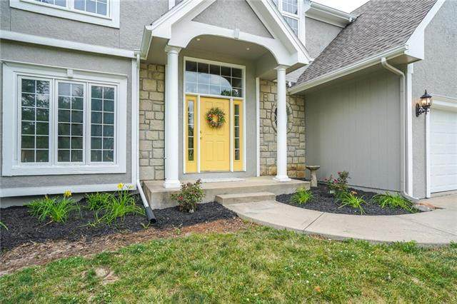 1169 Huntington Drive, Liberty, MO 64068 (#2225268) :: Ron Henderson & Associates
