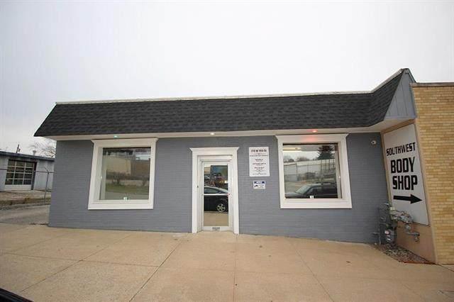 218 W 74TH Street, Kansas City, MO 64114 (#2225345) :: Five-Star Homes