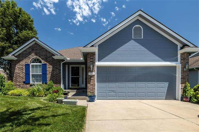 1025 SW 8TH Circle, Lee's Summit, MO 64081 (#2225730) :: Jessup Homes Real Estate | RE/MAX Infinity
