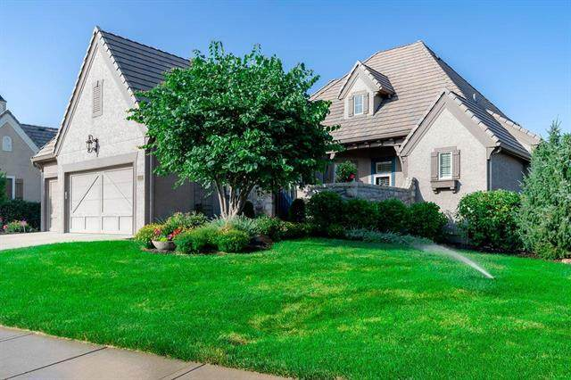 15201 Catalina Street, Leawood, KS 66224 (#2226257) :: The Gunselman Team