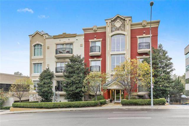 4528 Belleview Avenue #301, Kansas City, MO 64111 (#2226381) :: Five-Star Homes