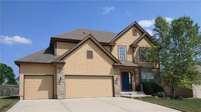 10001 N Kentucky Avenue, Kansas City, MO 64157 (#2226802) :: House of Couse Group