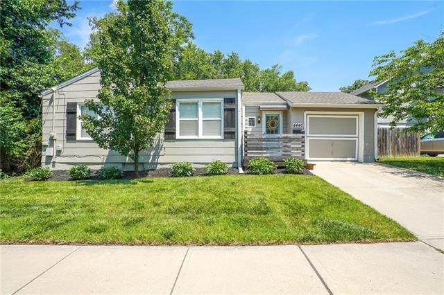 4440 W 52nd Terrace, Roeland Park, KS 66205 (#2226824) :: House of Couse Group