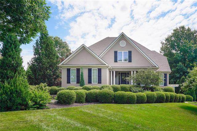 601 NW Riven Rock Trail, Lee's Summit, MO 64081 (#2227308) :: Beginnings KC Team