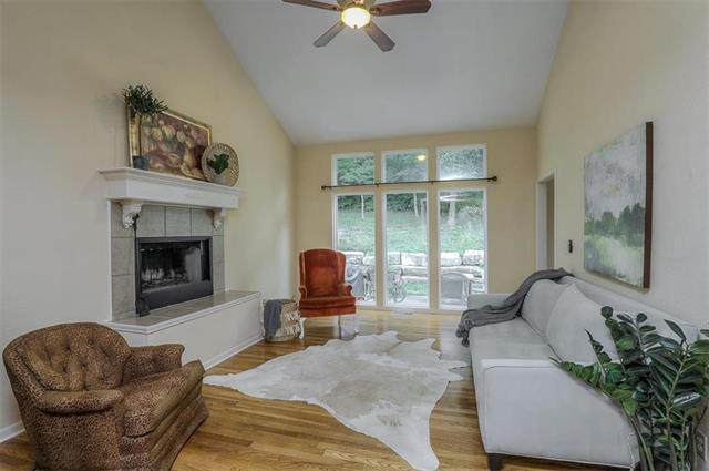 416 E 166TH Court, Belton, MO 64012 (#2227313) :: House of Couse Group