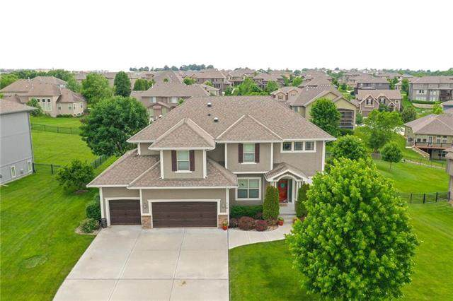 116 NW Lewis Drive, Lee's Summit, MO 64081 (#2227452) :: The Shannon Lyon Group - ReeceNichols