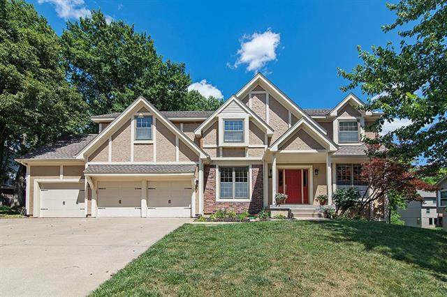 3331 N 111th Street, Kansas City, KS 66109 (#2227493) :: House of Couse Group