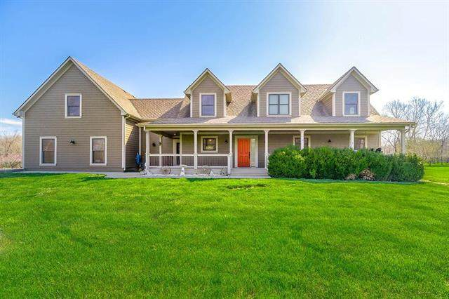 9803 S Perdue Road, Grain Valley, MO 64029 (#2227561) :: Ask Cathy Marketing Group, LLC