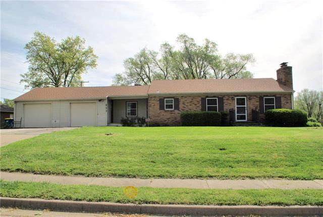 211 S Clayview Drive, Liberty, MO 64068 (#2227744) :: Team Real Estate