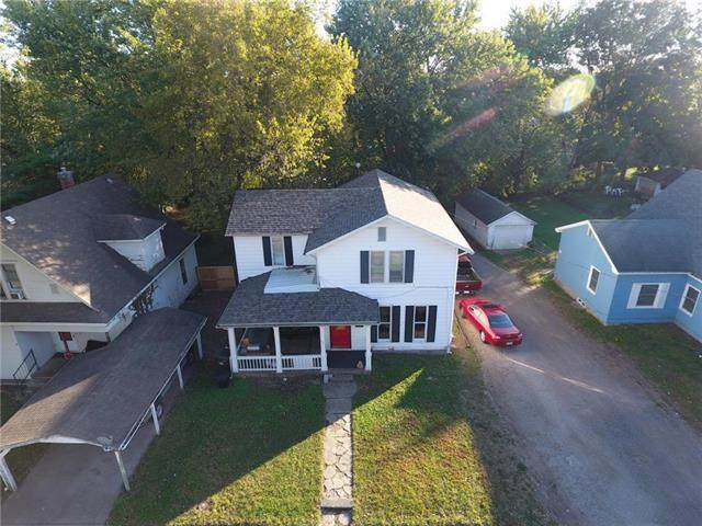 312 E Market Street, Warrensburg, MO 64093 (#2227758) :: Eric Craig Real Estate Team
