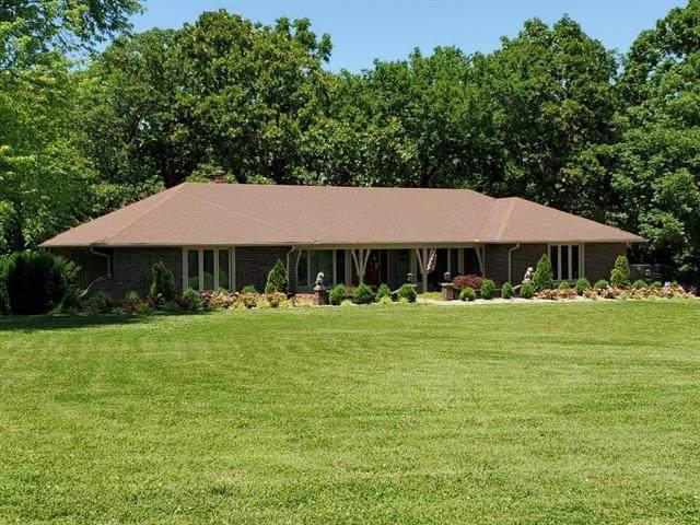 236 NE 51st Road, Warrensburg, MO 64093 (#2227814) :: Eric Craig Real Estate Team