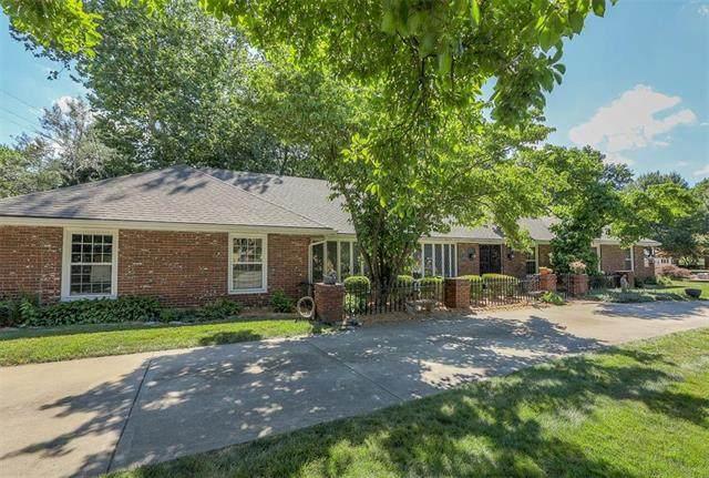 12618 Saint Andrews Drive, Kansas City, MO 64145 (#2227956) :: Eric Craig Real Estate Team