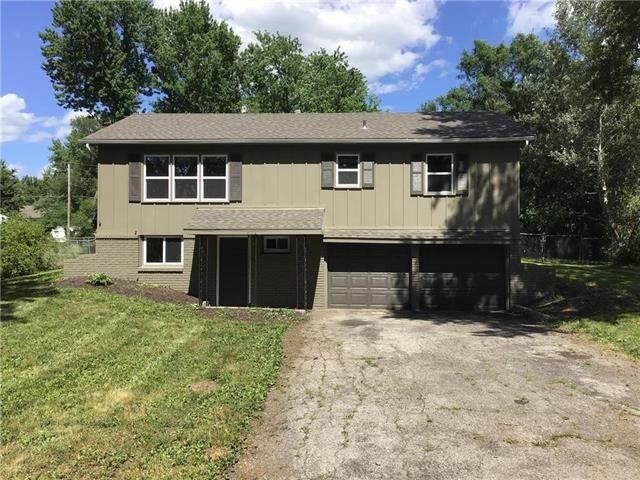 506 N Washington Street, Spring Hill, KS 66083 (#2228022) :: Eric Craig Real Estate Team