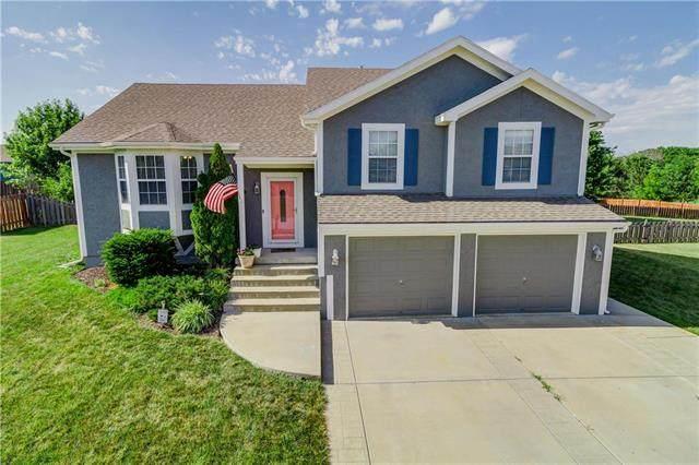 15906 Landauer Street, Basehor, KS 66007 (#2228036) :: House of Couse Group