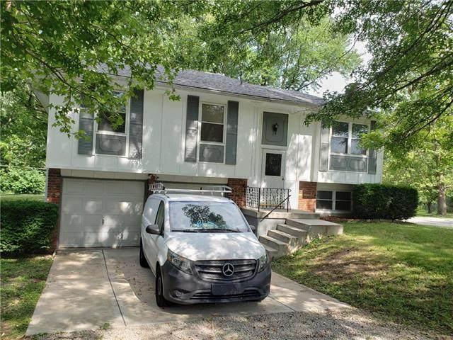 21165 W 181st Street, Olathe, KS 66062 (#2228114) :: Eric Craig Real Estate Team
