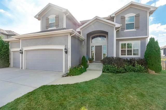 21072 Cooper Street, Spring Hill, KS 66083 (#2228135) :: Eric Craig Real Estate Team