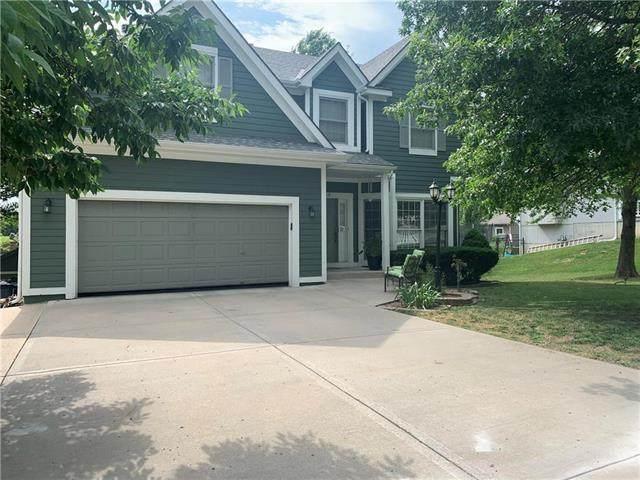 4206 N 110 Terrace, Kansas City, KS 66109 (#2228189) :: House of Couse Group