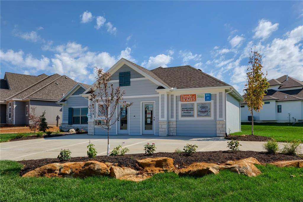 17929 High Street, Overland Park, KS 66085 (#2228237) :: The Shannon Lyon Group - ReeceNichols