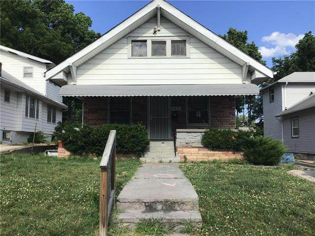 3631 Bales Avenue, Kansas City, MO 64128 (#2228255) :: House of Couse Group