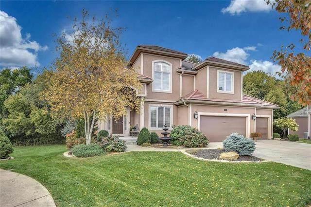 9008 Pine Street, Lenexa, KS 66220 (#2228293) :: Team Real Estate