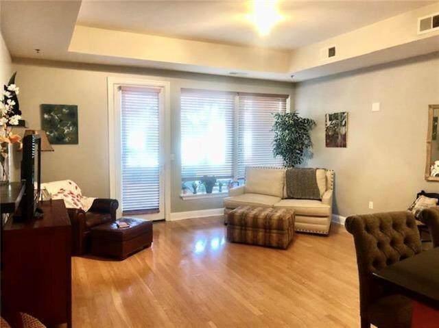 3810 N Mulberry Drive #107, Kansas City, MO 64116 (#2228350) :: Eric Craig Real Estate Team