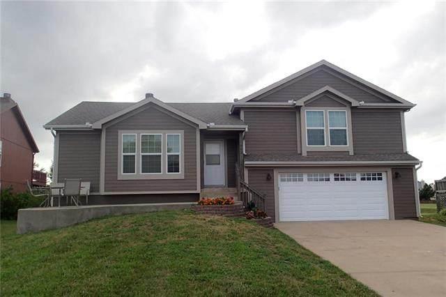962 Stone Creek Circle, Gardner, KS 66030 (#2228417) :: Team Real Estate