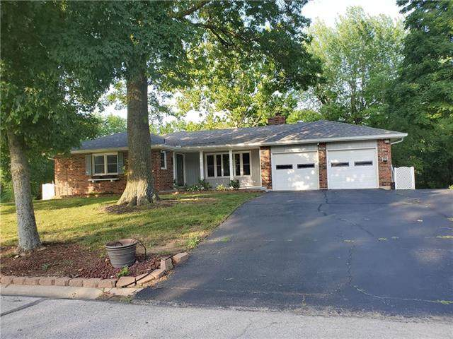 1407 Northfield Park Boulevard, Warrensburg, MO 64093 (#2228546) :: House of Couse Group