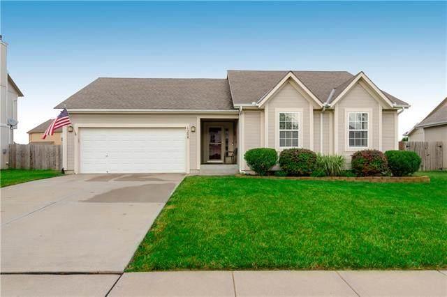 1208 Starbrooke Drive, Louisburg, KS 66053 (#2228575) :: Eric Craig Real Estate Team