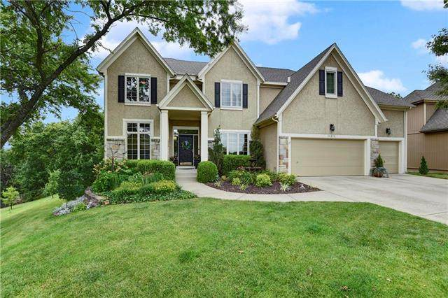 14215 W 51 Court, Shawnee, KS 66216 (#2228626) :: Team Real Estate