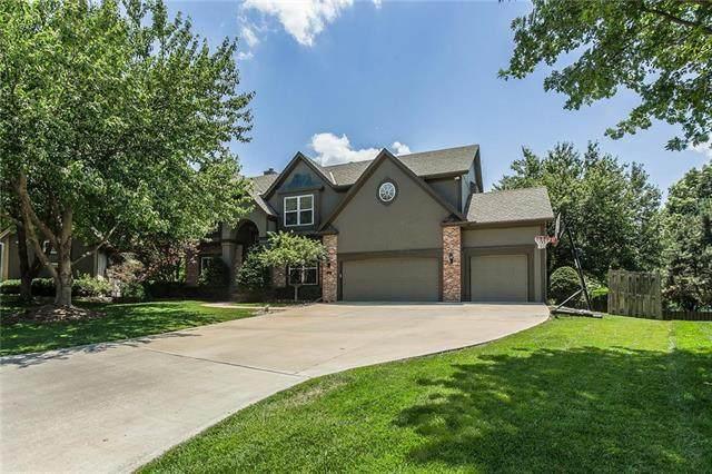14323 W 142nd Terrace, Olathe, KS 66062 (#2228627) :: Team Real Estate