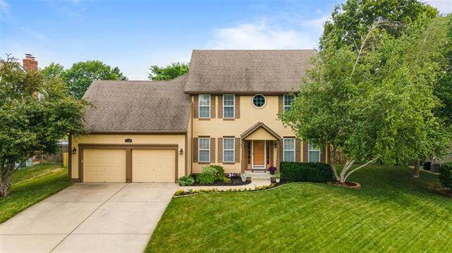 5122 SW Sandpiper Drive, Lee's Summit, MO 64082 (#2228649) :: Team Real Estate