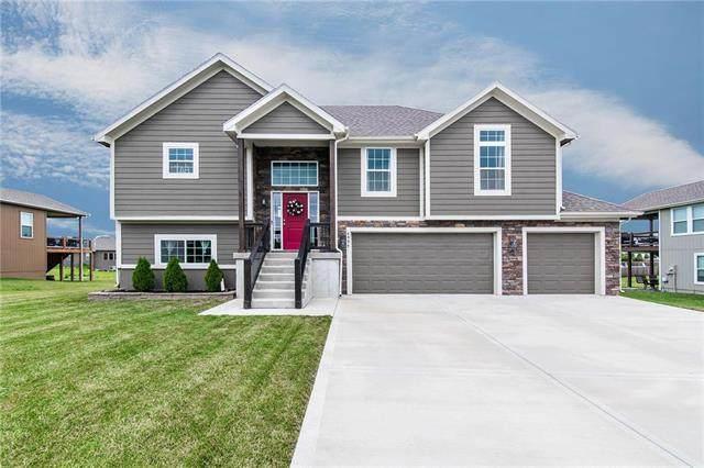 6994 141st Street, Basehor, KS 66007 (#2228653) :: House of Couse Group