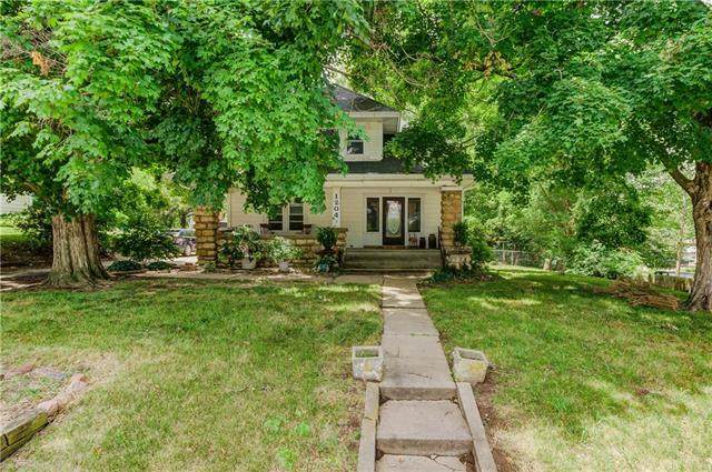1204 2nd Street, Platte City, MO 64079 (#2228665) :: House of Couse Group