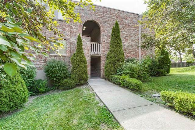 1808 E 97th Street A, Kansas City, MO 64131 (#2228669) :: Five-Star Homes
