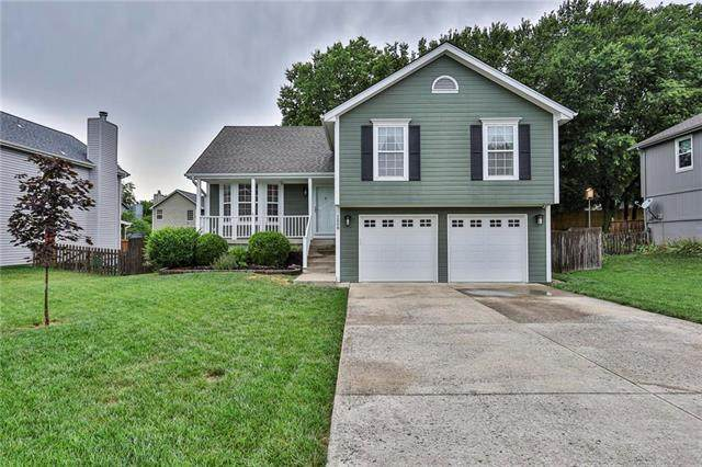 1508 NE Whitestone Drive, Lee's Summit, MO 64086 (#2228691) :: Eric Craig Real Estate Team