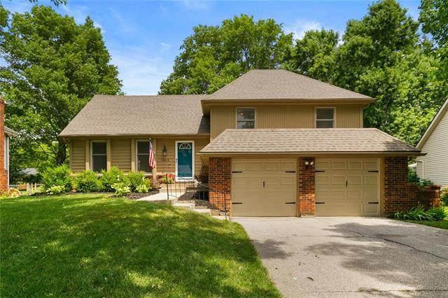 12818 W 100th Terrace, Lenexa, KS 66215 (#2228712) :: Team Real Estate