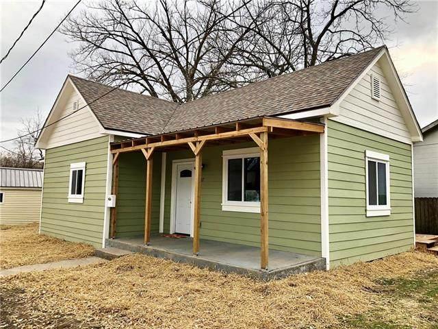 787 Shawnee Street, Leavenworth, KS 66048 (#2228717) :: Eric Craig Real Estate Team
