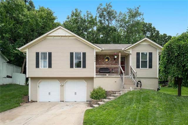 1200 SW 24TH Street, Blue Springs, MO 64015 (#2228726) :: Team Real Estate
