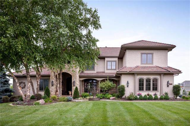 16004 King Street, Overland Park, KS 66221 (#2228781) :: The Gunselman Team