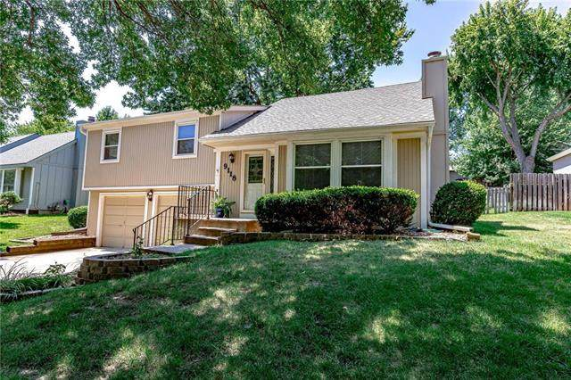 9118 Alden Street, Lenexa, KS 66215 (#2228826) :: Eric Craig Real Estate Team