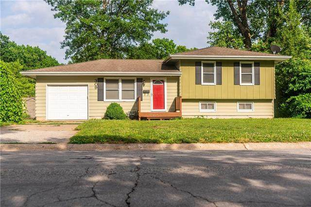 309 NE Arlington Circle, Lee's Summit, MO 64063 (#2228937) :: Eric Craig Real Estate Team